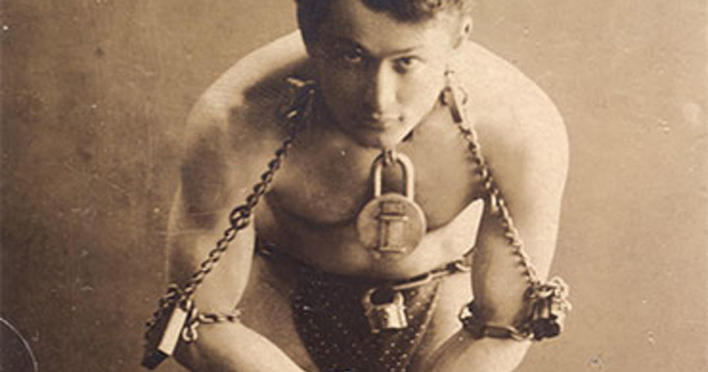 Houdini magician chained up